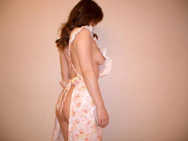 【おっぱい】裸エプロンで男性の胃袋と玉袋を掴んでくるスケベな女【30枚】 26