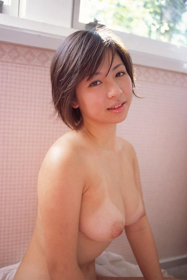 【おっぱい】日焼け跡がセクシーな美女たちのエロ画像【30枚】 09