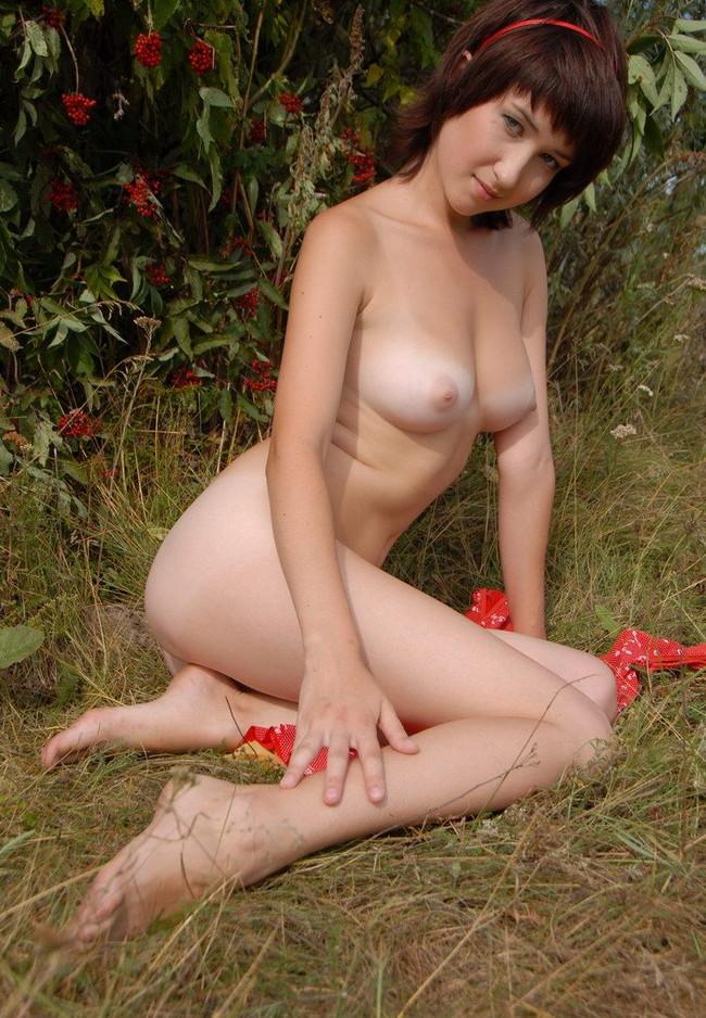 【おっぱい】ロシア系美少女のおっぱいが美しすぎるんだが!【30枚】 08