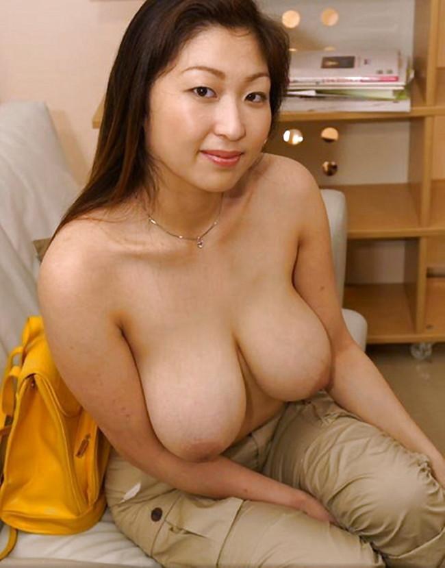 【おっぱい】かなり脂肪がくっついてしまっているファットな女性のエロ画像!【30枚】 09