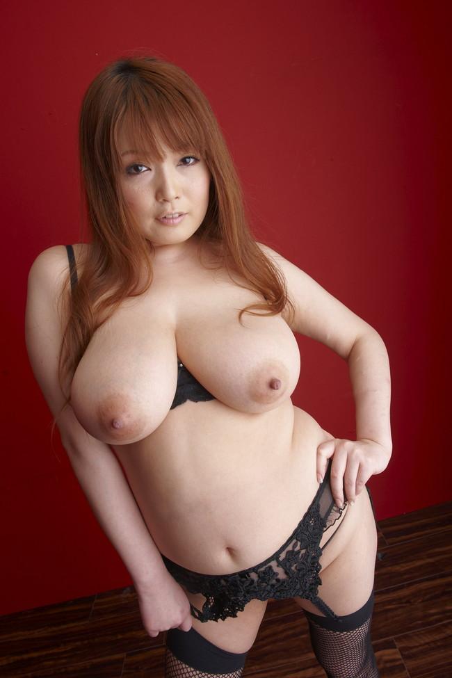 【おっぱい】かなり脂肪がくっついてしまっているファットな女性のエロ画像!【30枚】 28