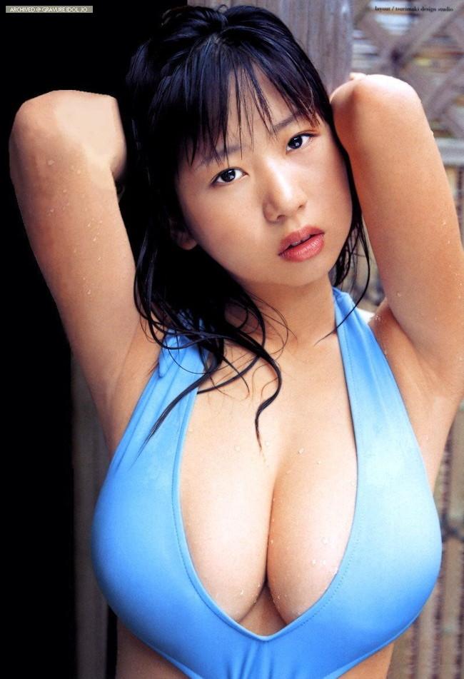 【おっぱい】顔も可愛いのにおっぱいもでっかいアイドルのエロ画像ww【30枚】 12