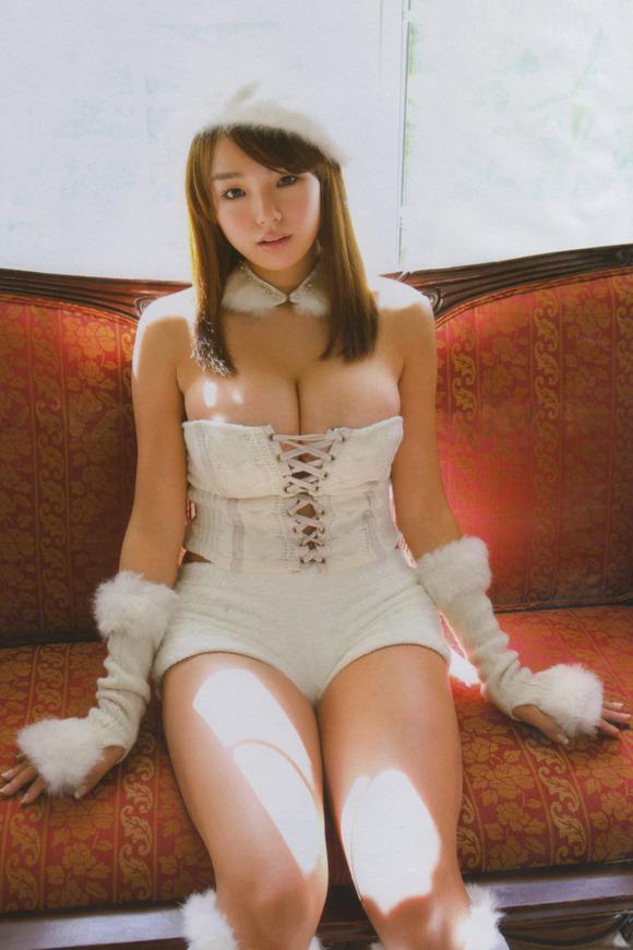 【おっぱい】顔も可愛いのにおっぱいもでっかいアイドルのエロ画像ww【30枚】 21