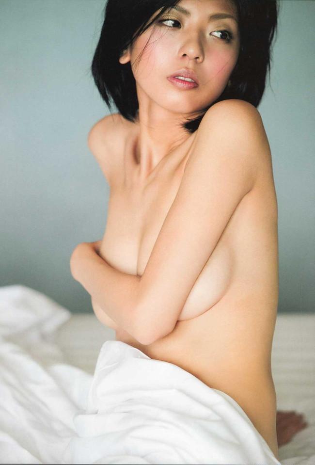 【おっぱい】わがままボディ!スレンダーな巨乳美女の裸体が完璧すぎる【30枚】 22