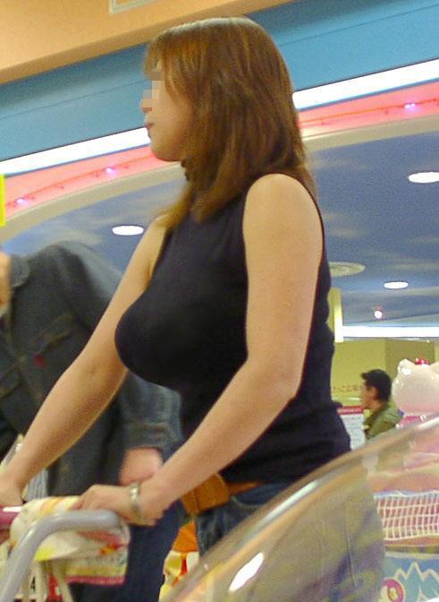 【おっぱい】人妻の着衣巨乳がエロすぎるぞww【30枚】 01