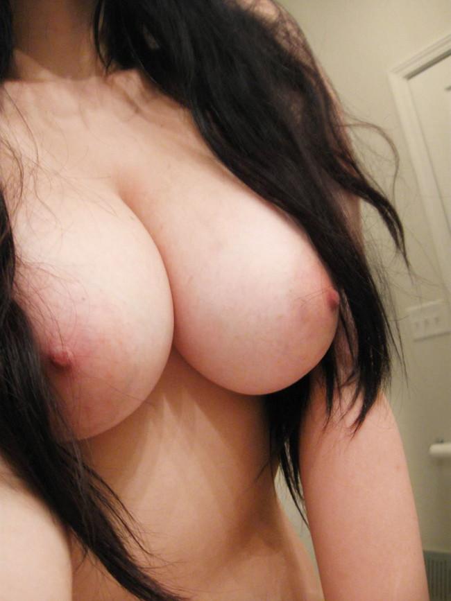 【おっぱい】巨乳の彼女から送られてきた写メがヌケルww【30枚】 11