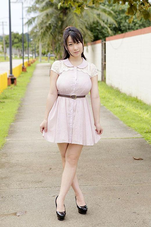 【おっぱい】バインバインの着衣巨乳がエロすぎるお姉さんのエロ画像!【30枚】 23