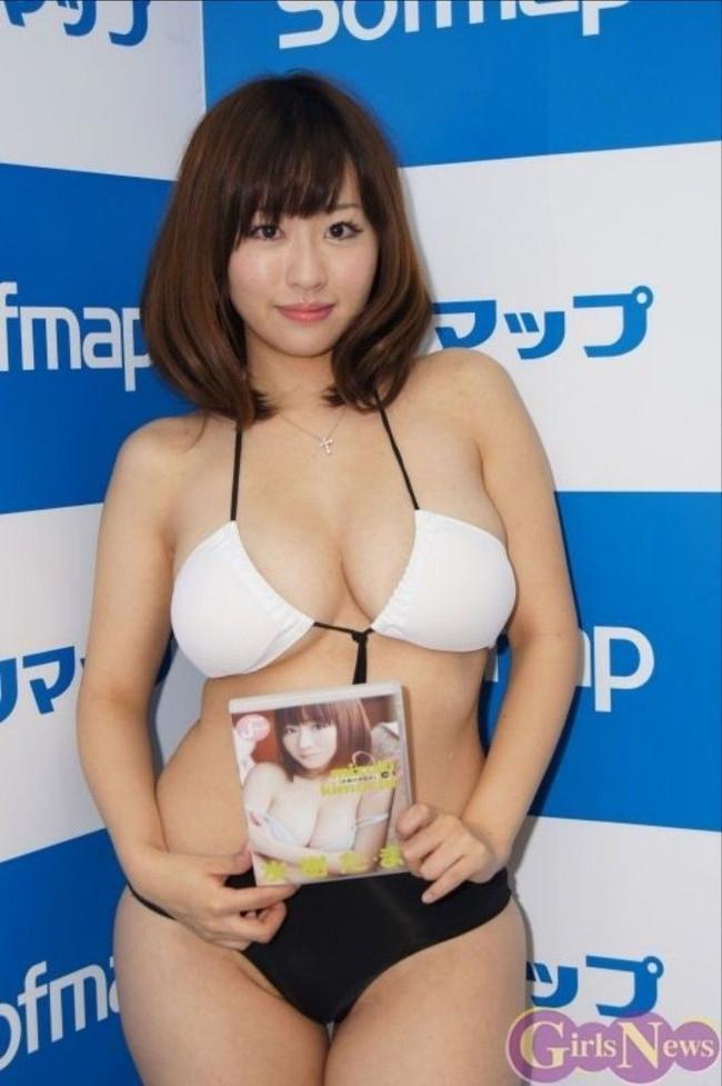 【おっぱい】肉付きの良いぽっちゃりグラドルのエロ画像!【30枚】 09