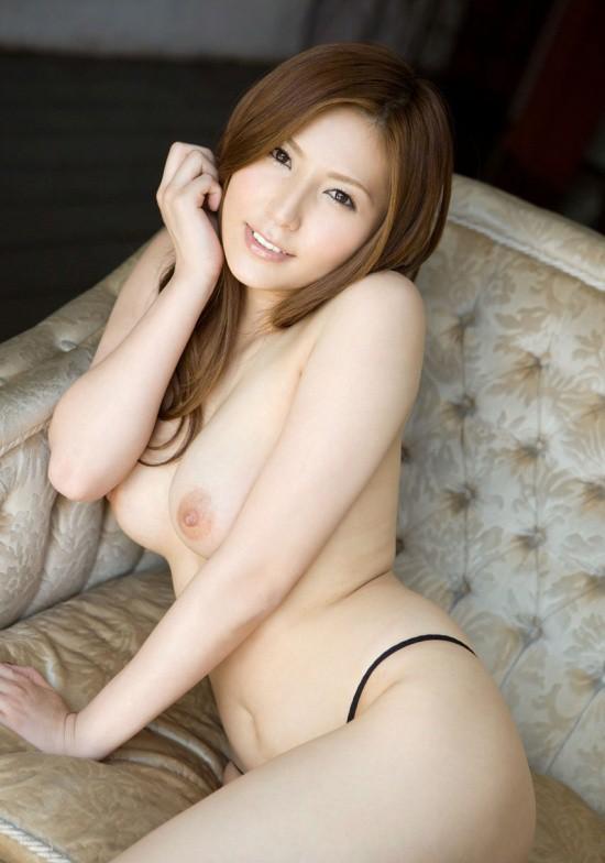 【おっぱい】色白のおっぱいが素晴らしいお姉さんのエロ画像!【30枚】 01