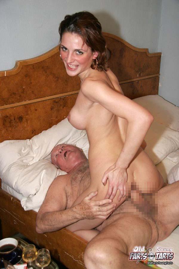 【おっぱい】外国人のお姉さんが激しいセックスを楽しんでます【30枚】 16