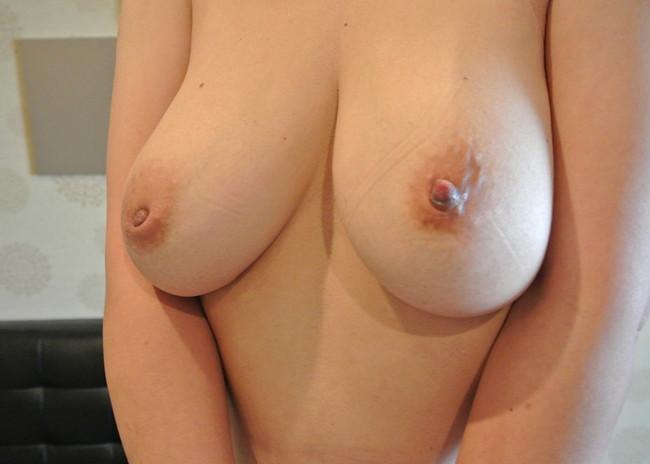 【おっぱい】引っ込み思案のおっぱいが可愛い陥没乳首のエロ画像!【30枚】 29
