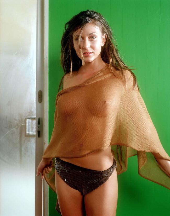 【おっぱい】乳輪や乳首が完全に透けちゃってるお姉さんのエロ画像!【30枚】 12