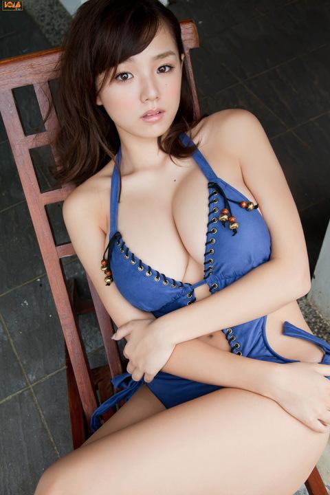 【おっぱい】裸よりもエロい?セミヌードのお姉さんのエロ画像!【30枚】 08