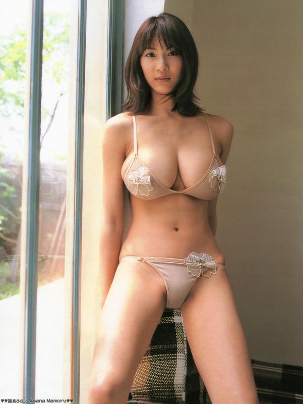 【おっぱい】規格外なサイズのおっぱいをお持ちのグラドルのエロ画像!【30枚】 06