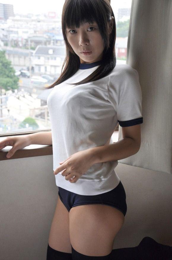 【おっぱい】体操着を着たお姉さんのおっぱいが素晴らしいエロ画像!【30枚】 26