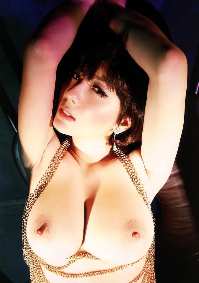 【おっぱい】美しいおっぱいのお姉さんが拘束されちゃってるエロ画像!【30枚】 07