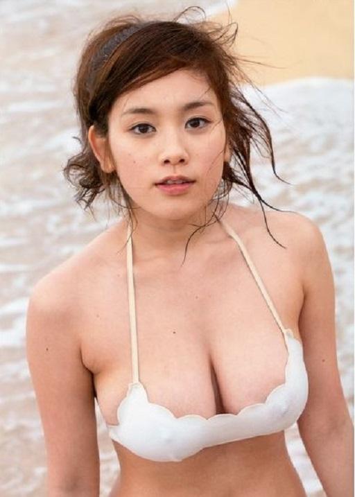 【おっぱい】Hカップの垂れ下がったおっぱいにそそられる筧美和子の微エロ画像【30枚】 18