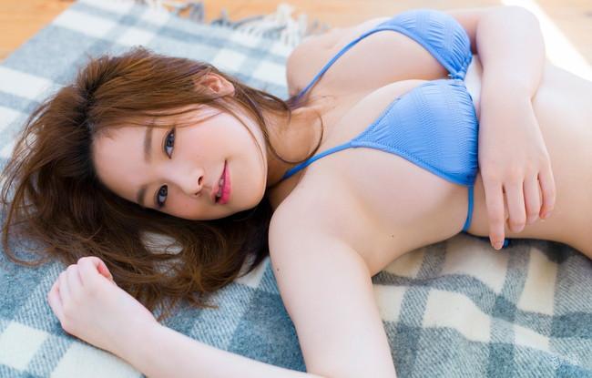 【おっぱい】Hカップの垂れ下がったおっぱいにそそられる筧美和子の微エロ画像【30枚】 22