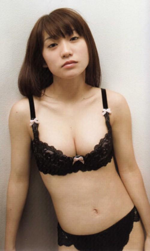 【おっぱい】ドスケベフェロモンがむんむんな黒下着を着用しているお姉さんのエロ画像【30枚】 19