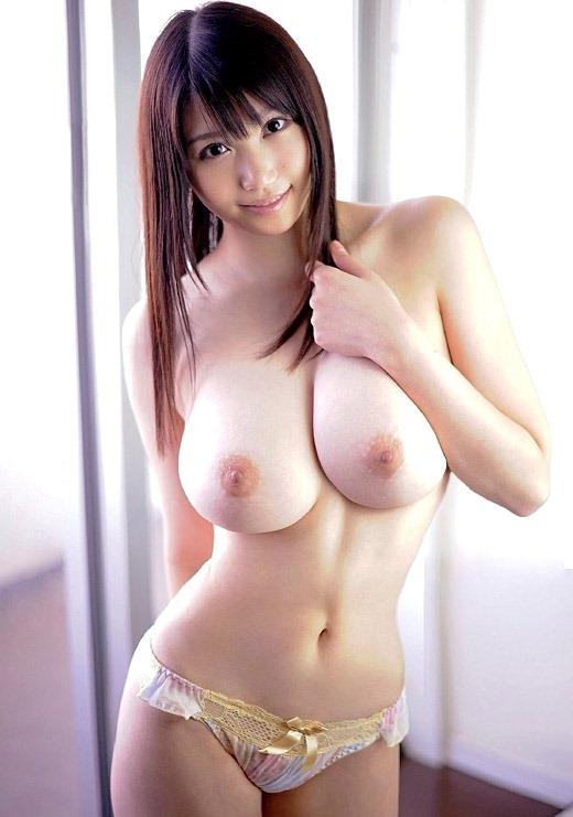 【おっぱい】おっぱいは大きいのに美しい、いわゆる美巨乳のエロ画像!【30枚】