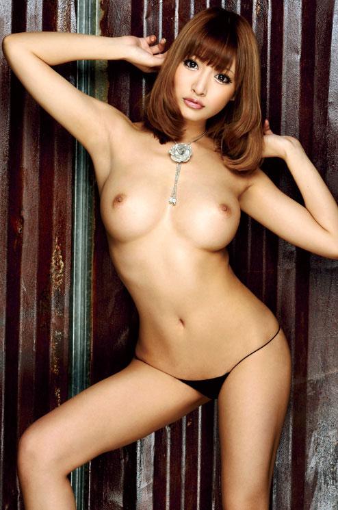 【おっぱい】おっぱいは大きいのに美しい、いわゆる美巨乳のエロ画像!【30枚】 22
