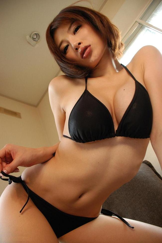 【おっぱい】スレンダーボディが魅力的なグラビアアイドル、手島優の微エロ画像!【30枚】 27