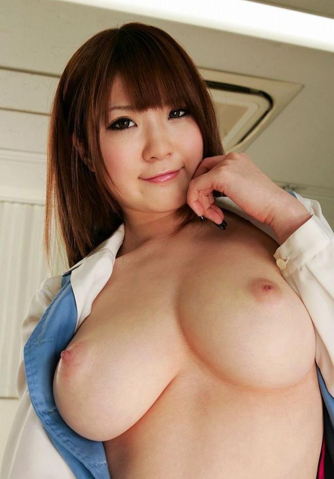 【おっぱい】Jカップの爆乳が素晴らしすぎるAV女優仁科百華のエロ画像!【30枚】 01