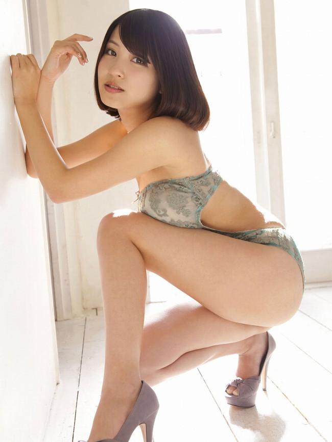 【おっぱい】横乳にそそられてしまうグラビアアイドル岸明日香のエロ画像!【30枚】 18
