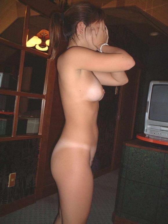 【おっぱい】素人さんがおっぱい丸出しでセックスしてるエロ画像!【30枚】 22