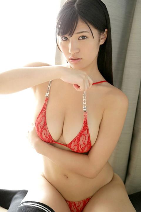 【おっぱい】Gカップのおっぱいと弾ける笑顔が美しいグラドル高崎聖子のエロ画像【30枚】 04