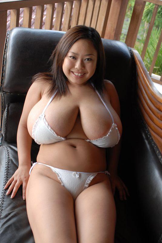 【おっぱい】Pカップという凄まじい超乳がヤバ過ぎるAV女優風子のエロ画像【30枚】 04