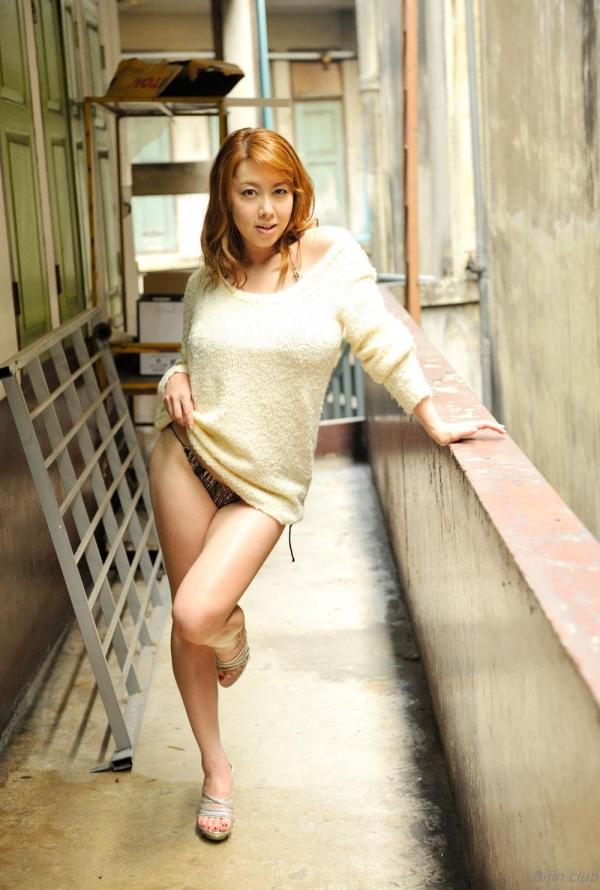 【おっぱい】熟女なのにこのプロポーションは凄すぎる!AV女優風間ゆみのエロ画像!【30枚】 16