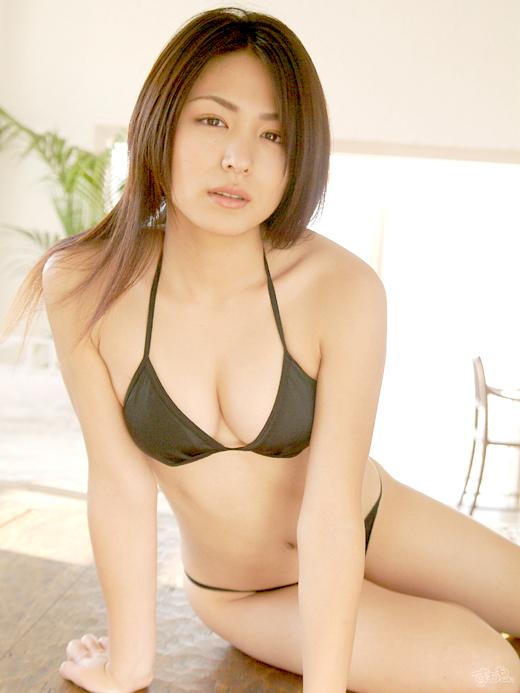 【おっぱい】脂が乗ってきたグラビアアイドル川村ゆきえのエロ画像!【30枚】 11