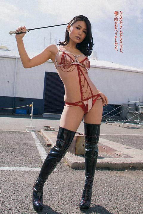 【おっぱい】脂が乗ってきたグラビアアイドル川村ゆきえのエロ画像!【30枚】 12