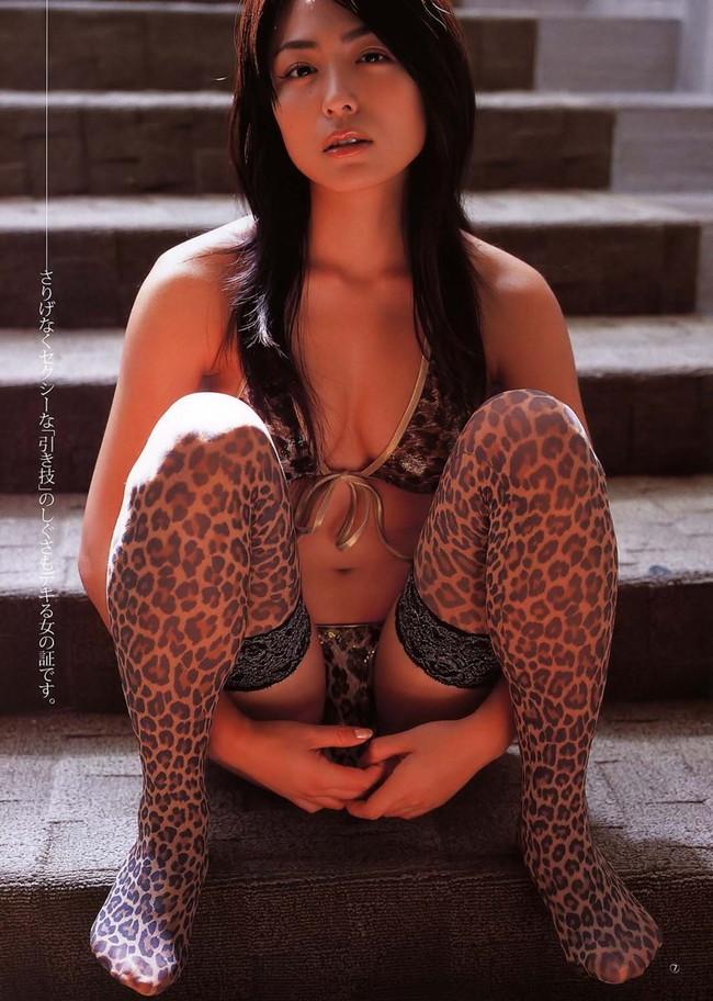 【おっぱい】脂が乗ってきたグラビアアイドル川村ゆきえのエロ画像!【30枚】 21