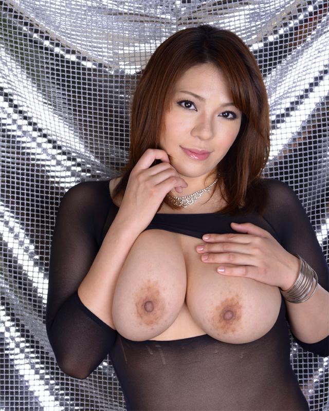 【おっぱい】重量級ボディが素晴らしいAV女優杏美月のエロ画像!【30枚】 07