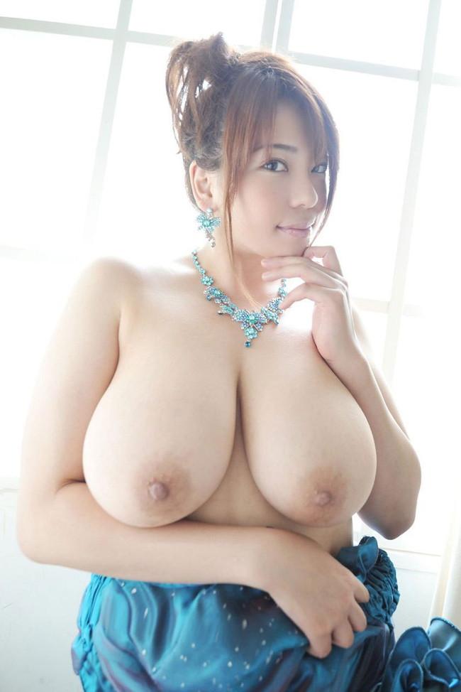 【おっぱい】重量級ボディが素晴らしいAV女優杏美月のエロ画像!【30枚】 27