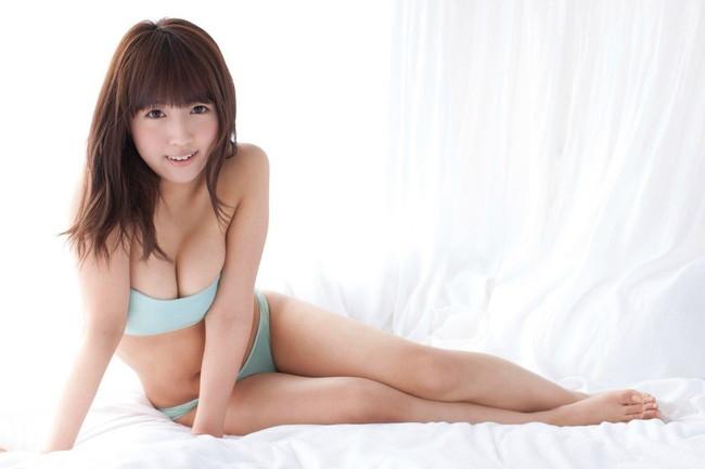 【おっぱい】可愛らしい笑顔が特徴のAV女優三上悠亜のエロ画像【30枚】 10