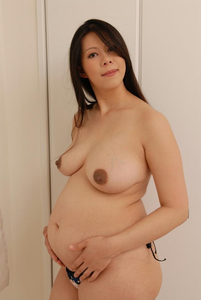 【おっぱい】お腹が大きくなっているのにスケベを楽しむ妊婦さんのエロ画像【30枚】 27