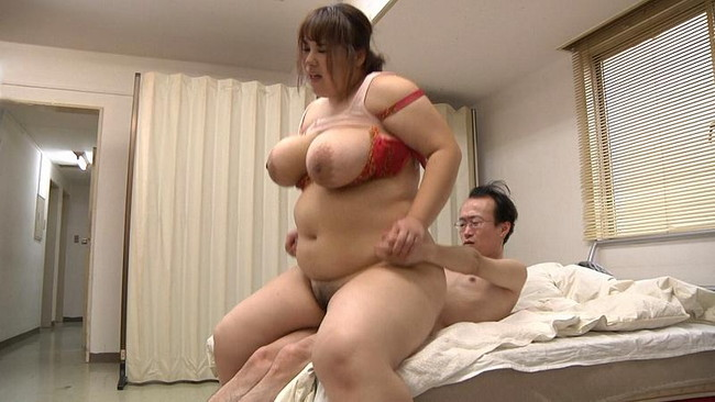 【おっぱい】ムチムチボディのお姉さんと騎乗位セックスしているエロ画像!【30枚】 05