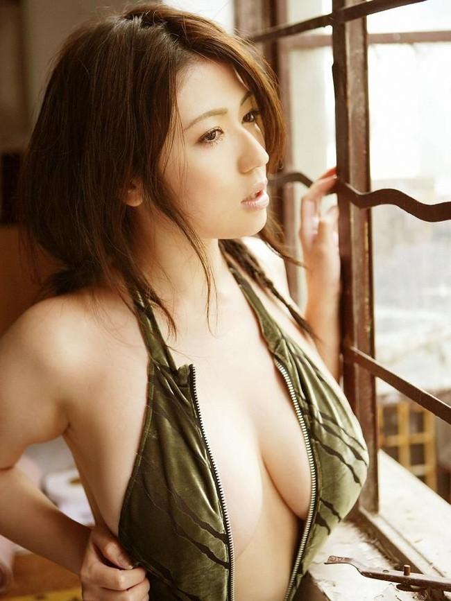 【おっぱい】ぽっちゃりアイドルの先駆け!滝沢乃南の微エロ画像!【30枚】 13