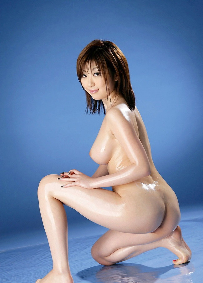 【おっぱい】人気巨乳AV女優浜崎りおのエロ画像!【30枚】 26