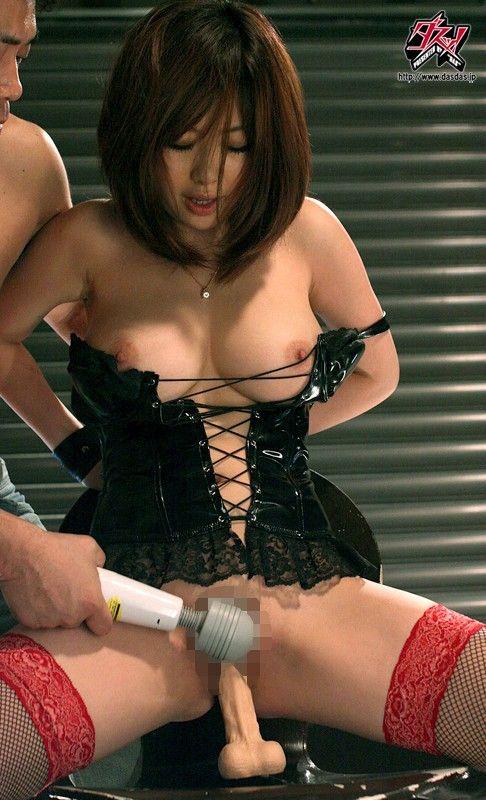 【おっぱい】人気巨乳AV女優浜崎りおのエロ画像!【30枚】 28