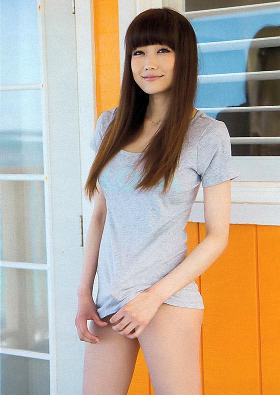 【おっぱい】おっぱいもルックスも魅力的な佐藤江梨子の微エロ画像!【30枚】 05
