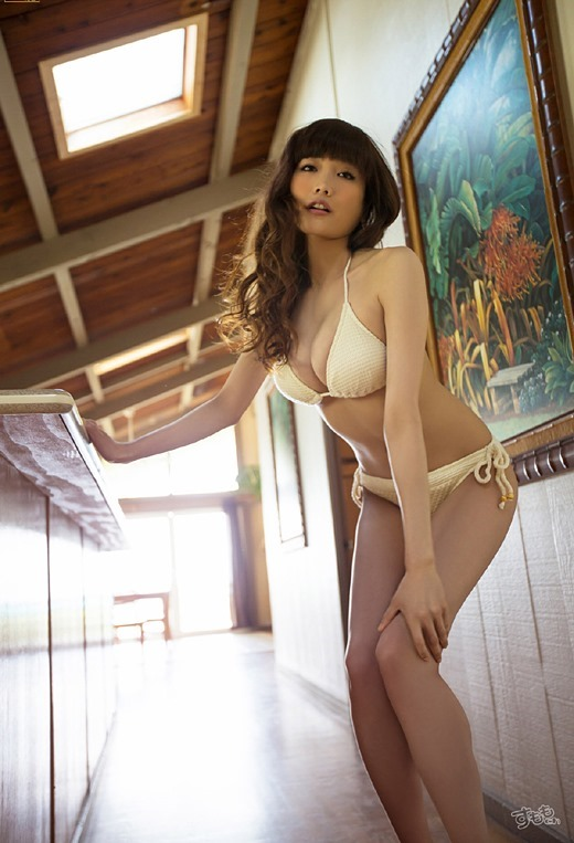 【おっぱい】おっぱいもルックスも魅力的な佐藤江梨子の微エロ画像!【30枚】 09