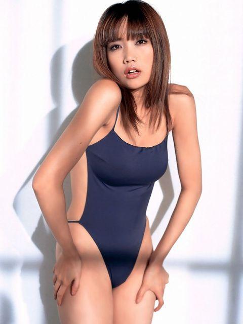 【おっぱい】おっぱいもルックスも魅力的な佐藤江梨子の微エロ画像!【30枚】 22
