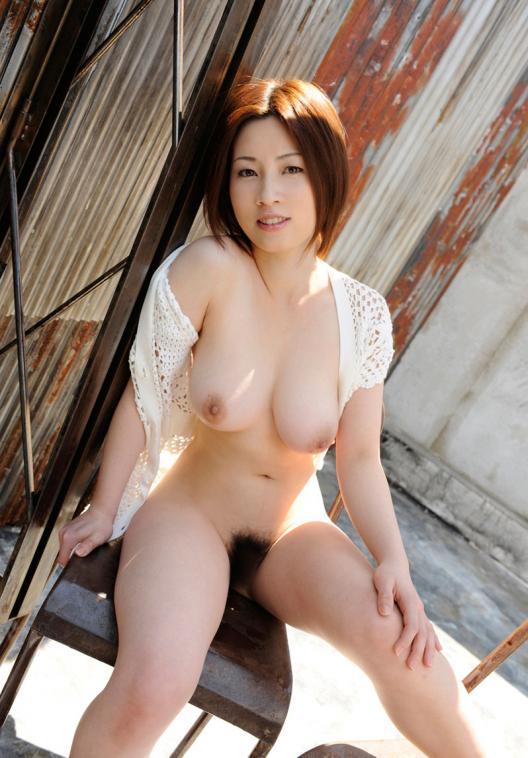 【おっぱい】HカップのおっぱいがそそられるAV女優奥田咲のエロ画像!【30枚】 07