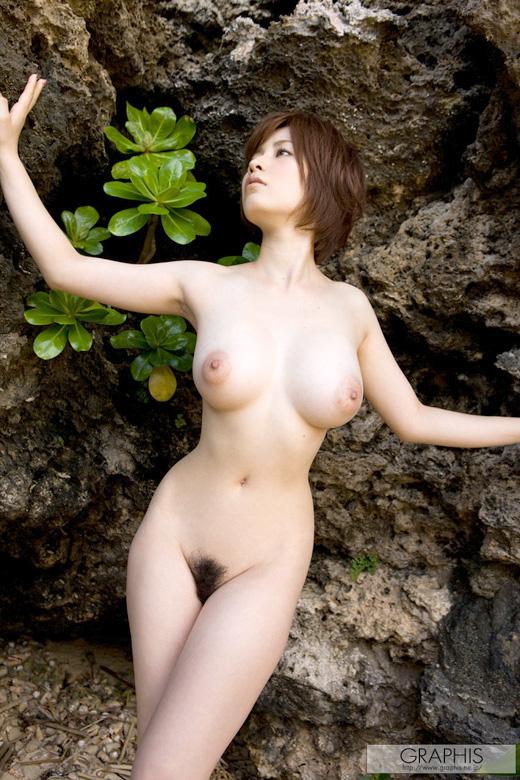 【おっぱい】HカップのおっぱいがそそられるAV女優奥田咲のエロ画像!【30枚】 13