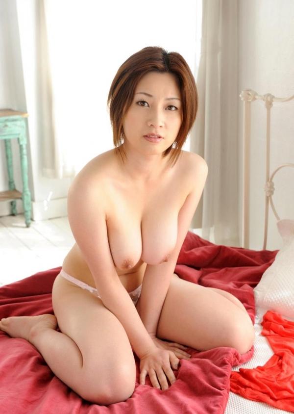 【おっぱい】HカップのおっぱいがそそられるAV女優奥田咲のエロ画像!【30枚】 29