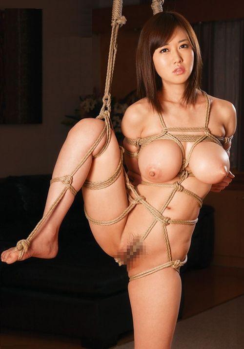 【おっぱい】荒縄などに縛られてしまいおっぱいが強調されているエロ画像【30枚】 06